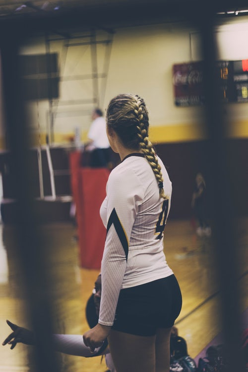 1547669978-volleyball