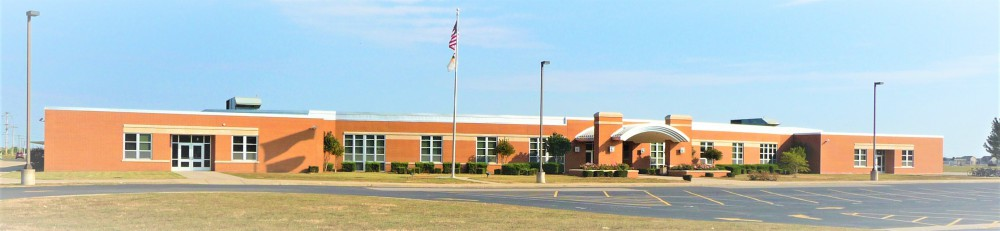 Mascoutah Middle School Front South Entrance
