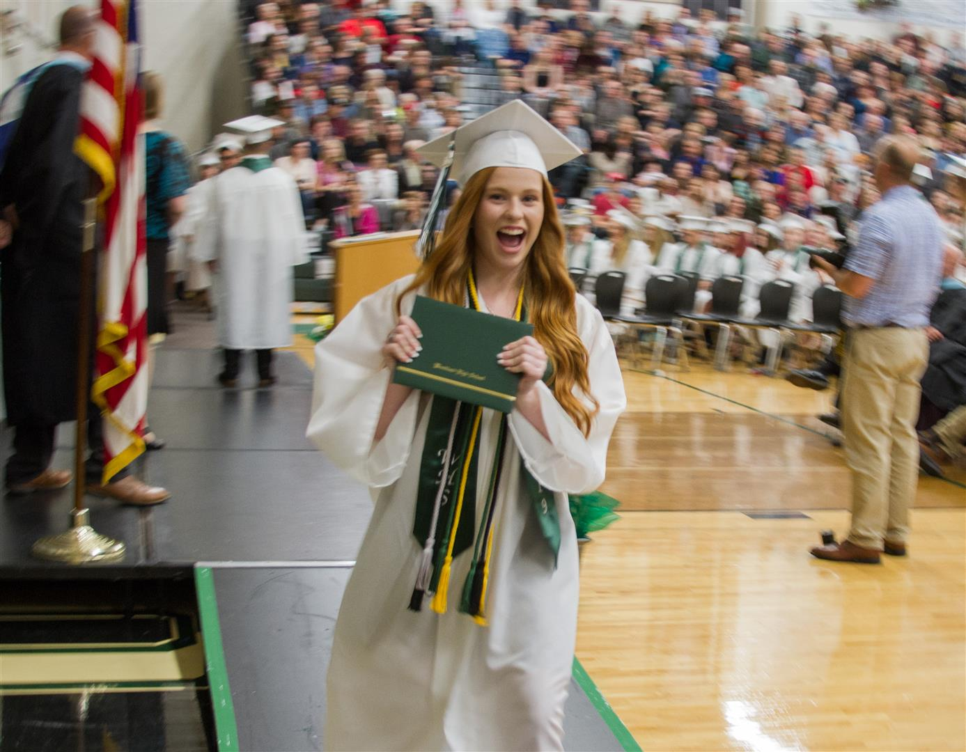 1560449577-whs-class-of-2019-commencement-75__large_