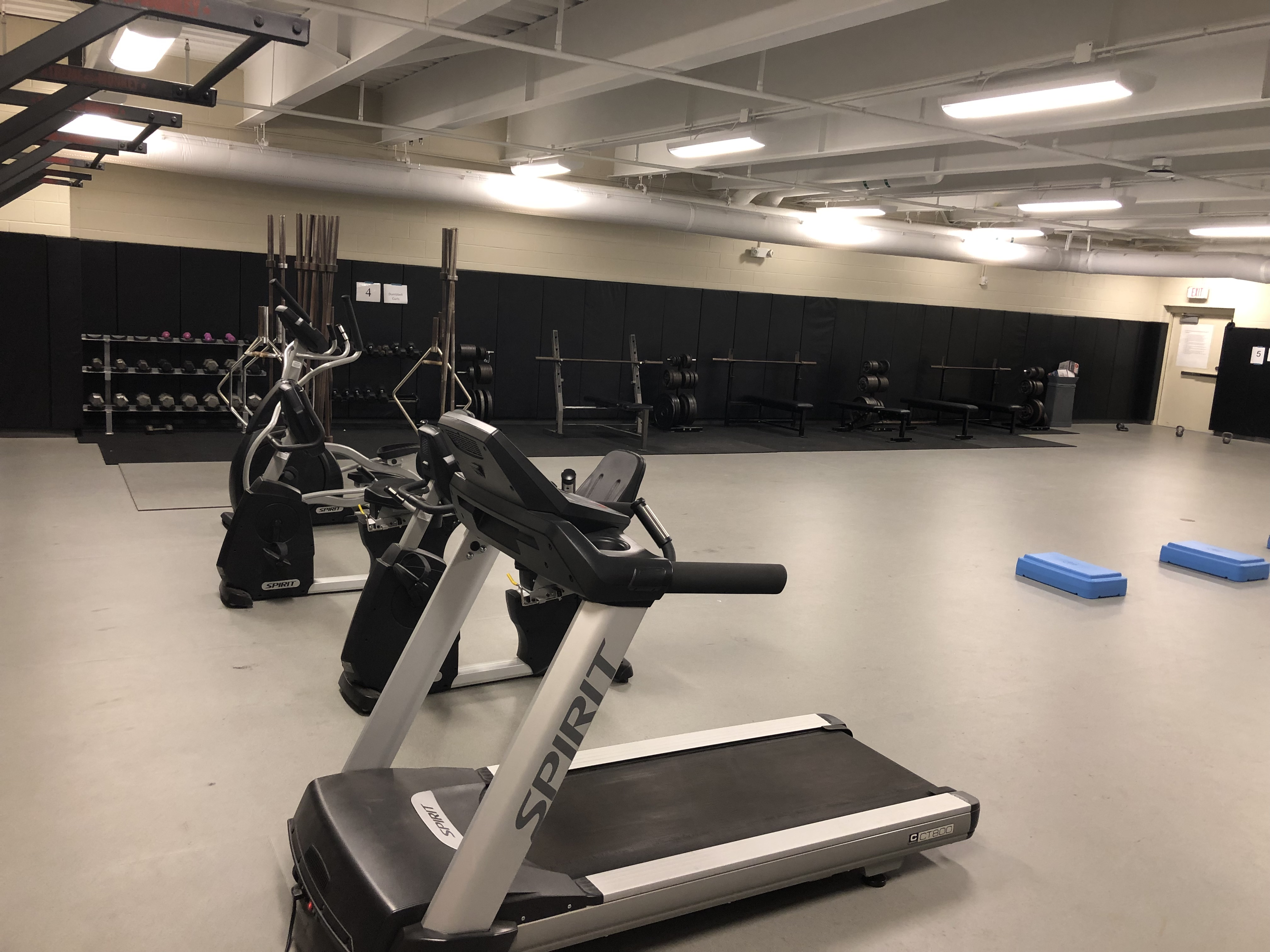 1567180850-weight_room_1