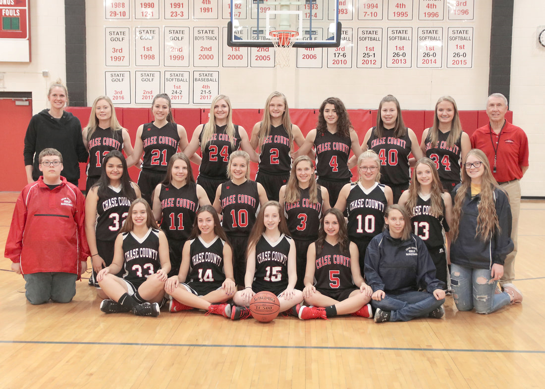 High School Girls Basketball team picture