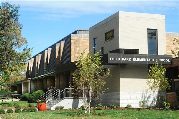 Field Park Elementary School building