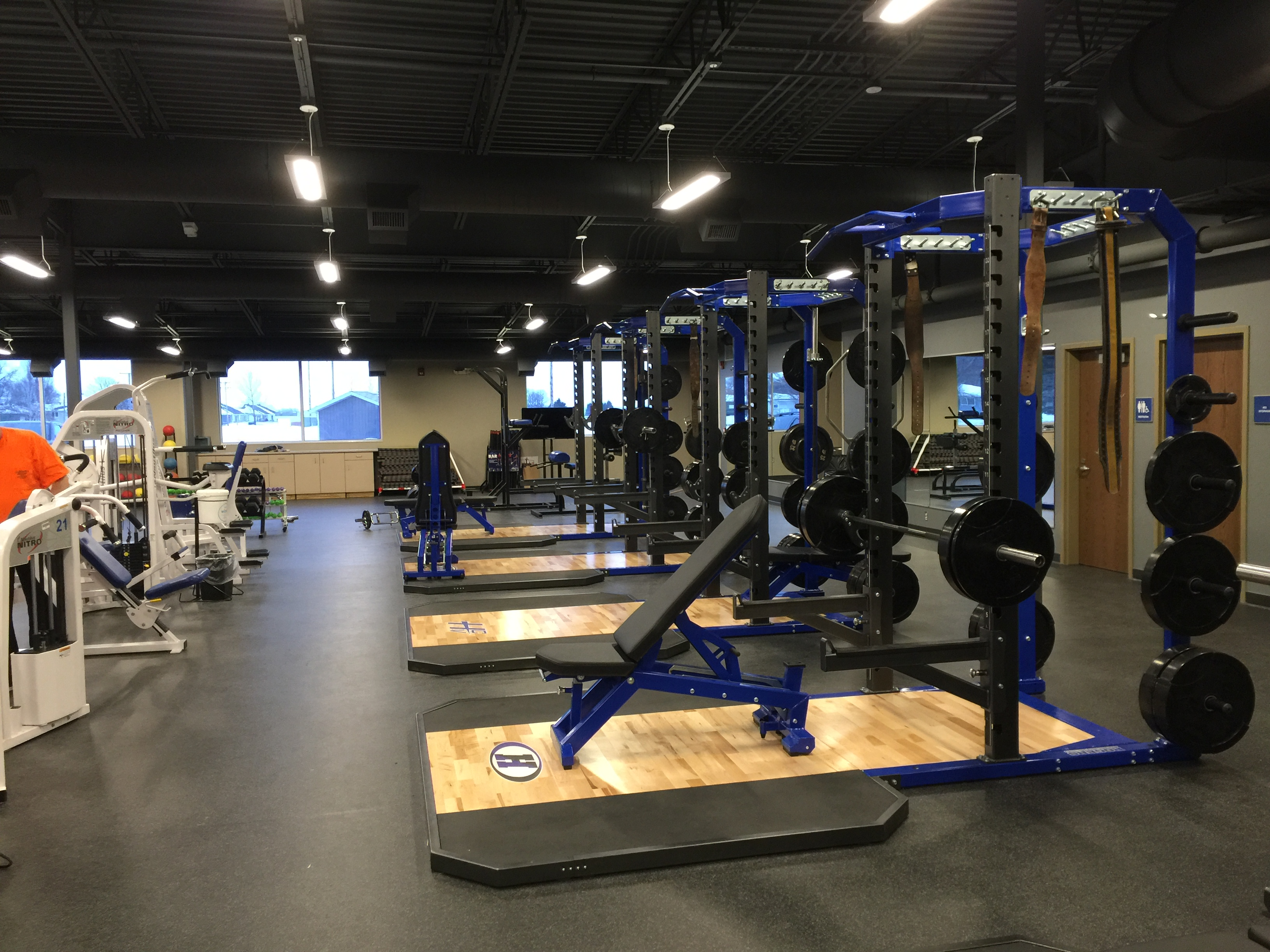 1588782138-fitness_center_weight_racks