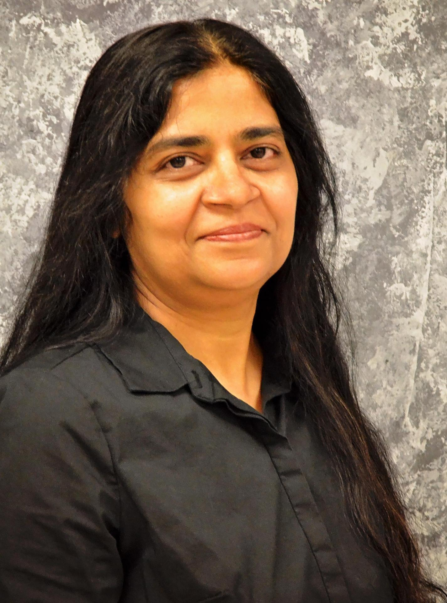 Photo of Dr. Priya Gupta