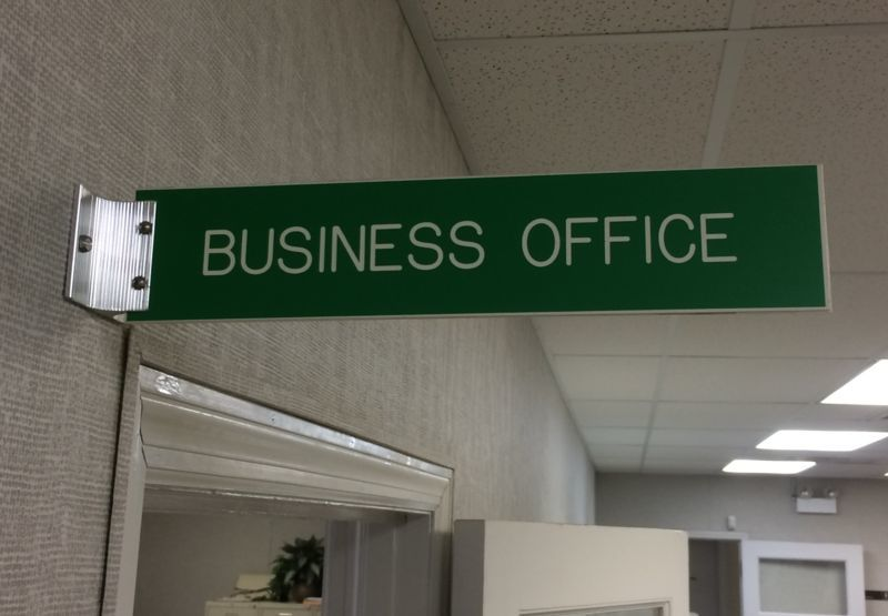 Content_1509477466-business_office_sign